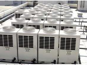 美的牌空调、中央空调、风扇、电热水器、压力锅及奔腾牌压力锅、电磁炉等其他品牌电器若干